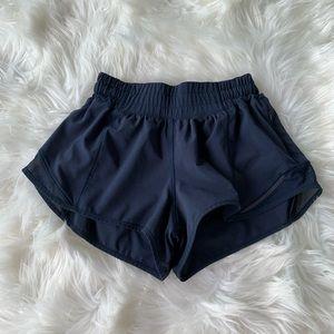 LULULEMON true navy hotty hot shorts